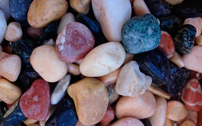 canto rodado marmol multicolor
