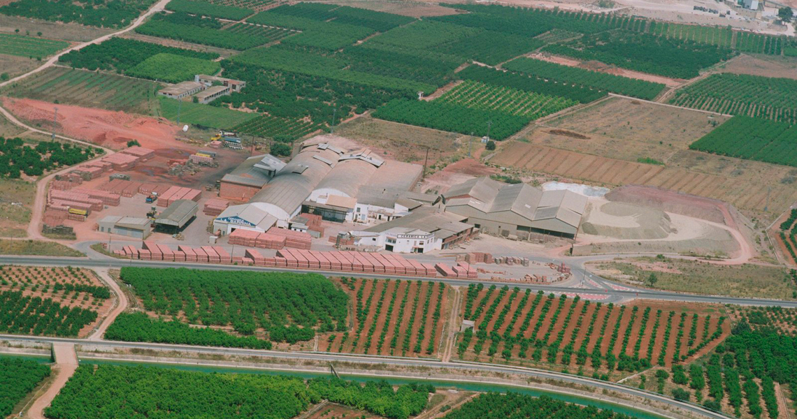 celabasa-tierrabatida-instalaciones-2