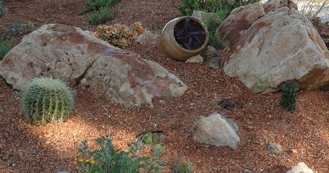 decoracion-piedra-jardin-04